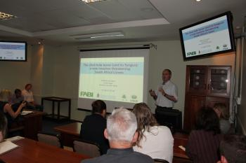 The impact of the Polyphagous Shothole Borer in South Africa explained in a public seminar at FABI