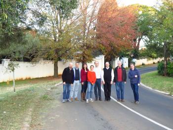 Tree health experts inspect PSHB infestation in Johannesburg suburbs